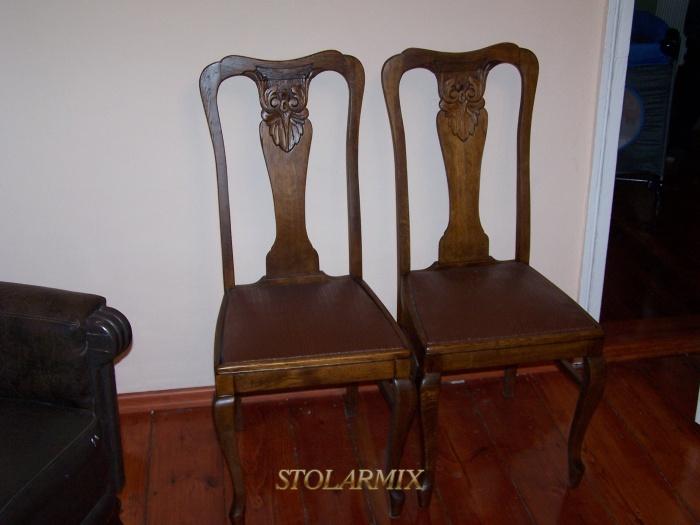 Renowacja mebli przykład krzeseł po renowacji.